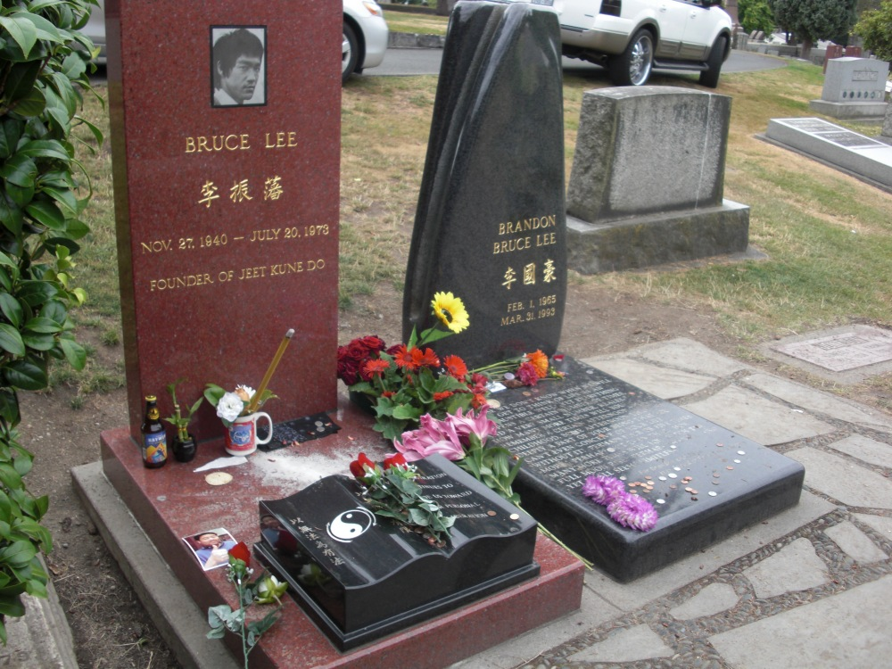 Bruce Lee & the Aiki Path.  (1/2)